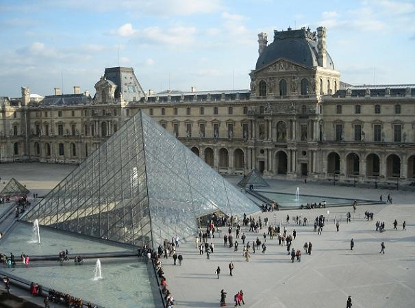 musee-du-louvre_france-tourist-places