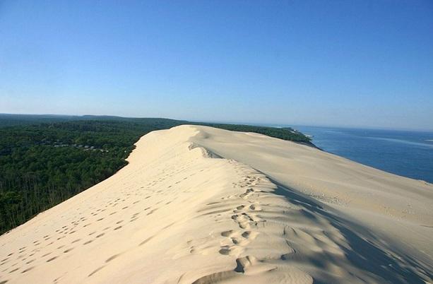 dune-of-pyla_france-tourist-places