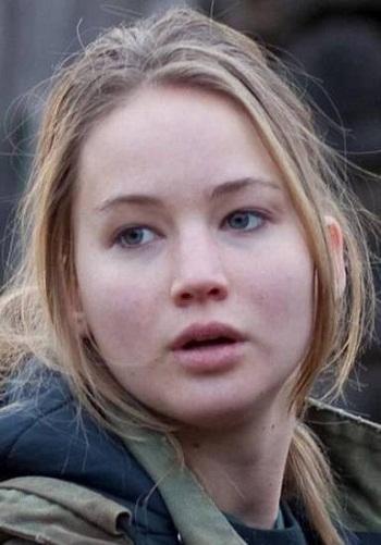 Jennifer Lawrence Without Makeup 3