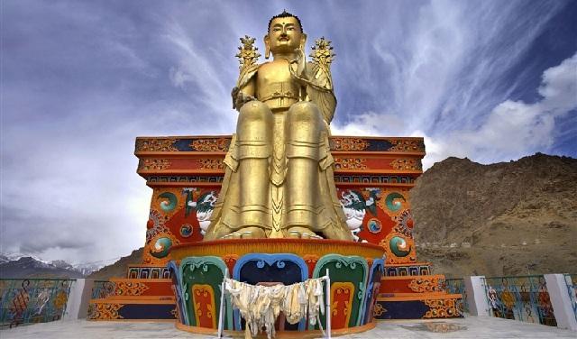 likir-monastery_ladakh-tourist-places