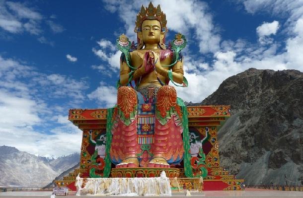 diskit-village_ladakh-tourist-places