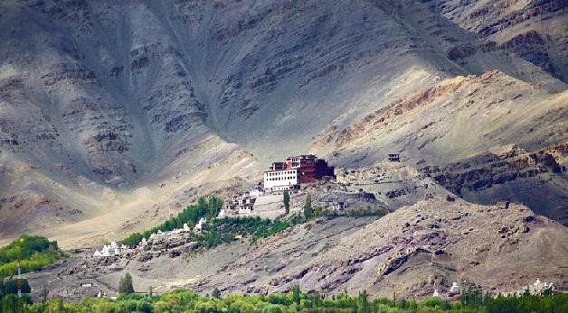 samstanling-gompa_ladakh-tourist-places