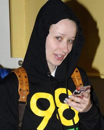 Iggy Azalea Without Makeup 11