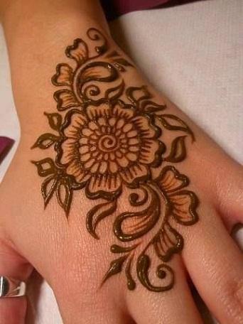 Quick Mehendi Designs-Floral Mehendi Designs