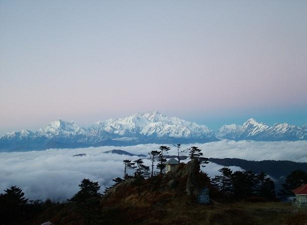 sandakphu_darjeeling-tourist-places
