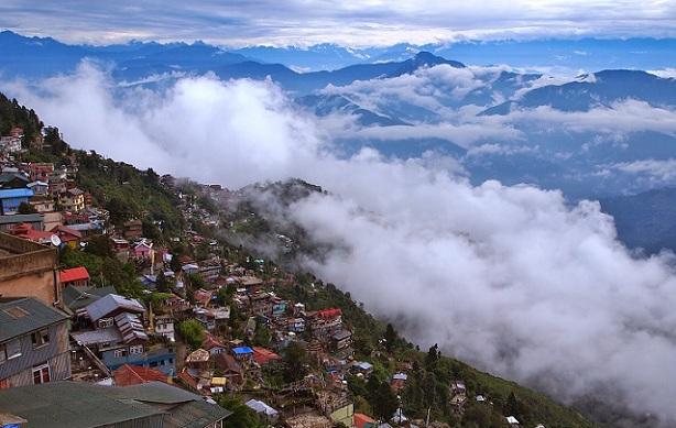 summers-in-darjeeling_darjeeling-tourist-places