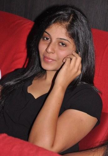 Anjali Without Makeup 8