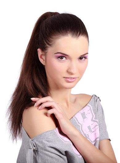 Chic ponytail hairstyles -high chic