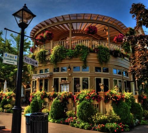 Honeymoon places in Canada Niagara-on-the-Lake Ontario