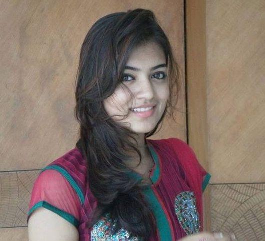 Nazriya Without Makeup 6