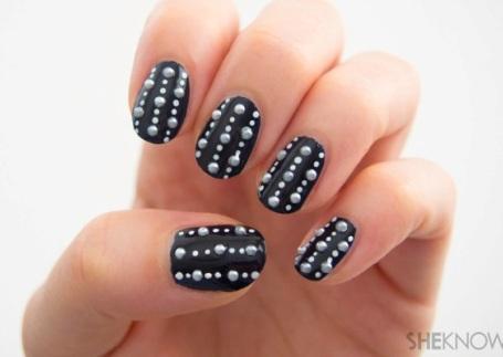 polka dot nail9