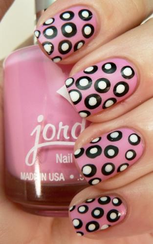 Top 9 Polka Dot Nail Paint Designs