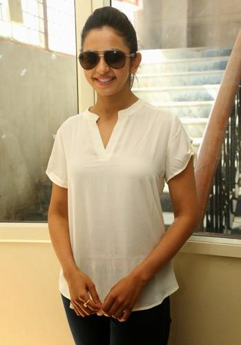 Rakul Preet Singh Without Makeup 3