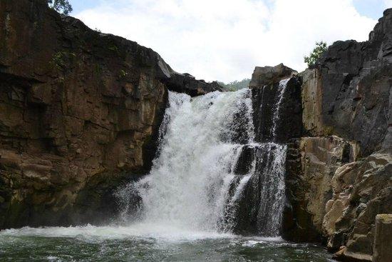 Waterfalls in Gujarat5
