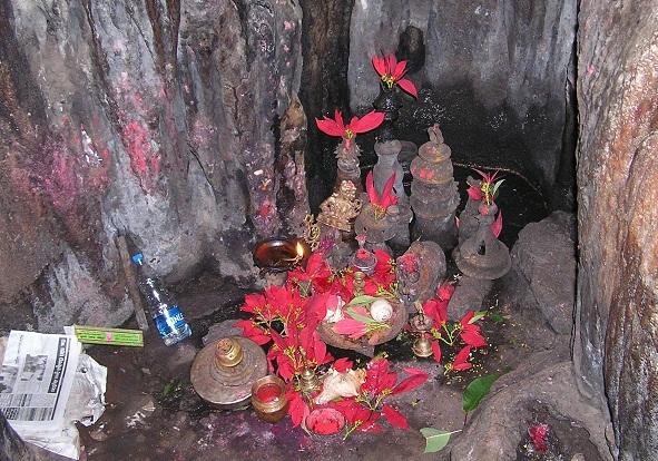 worship borra caves