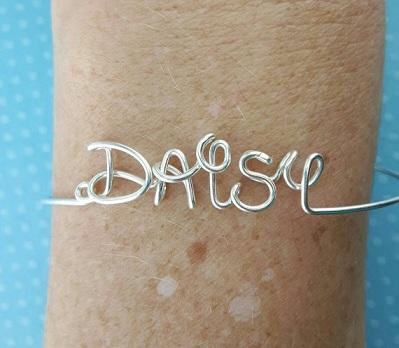 artistic-name-bracelets-design-3