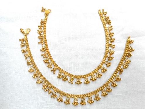 gold-anklets-designs-bell-designed-anklet-made-of-gold