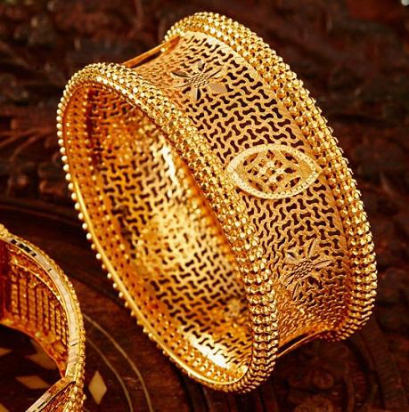 Ancient 20 Gram Gold Bangle