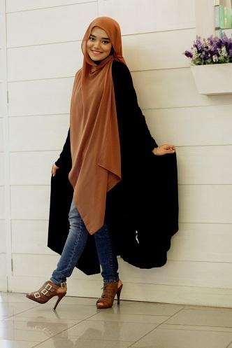 Knee Hijab Style