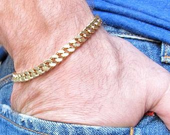 thin-golden-bracelet-12