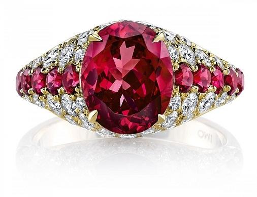 Prive spinel diamond ring
