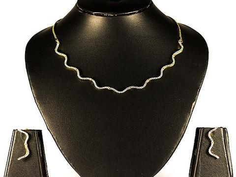 simple-american-diamond-necklace
