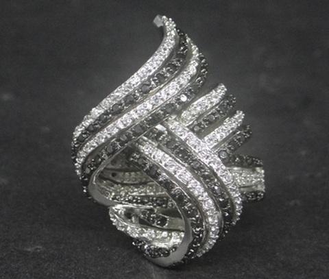 american-diamond-finger-ring