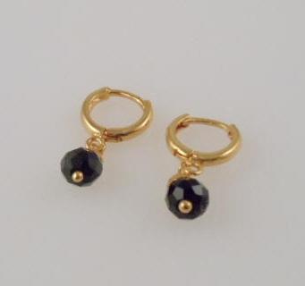 Stone Gold Earrings in 2gm