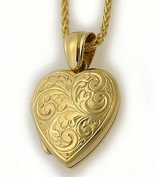 golden-heart-locket