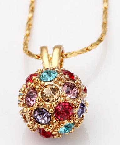 golden-sphere-locket