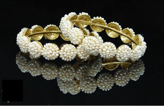 pearl-bangles-designs-1