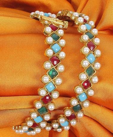 pearl-bangles-designs-6