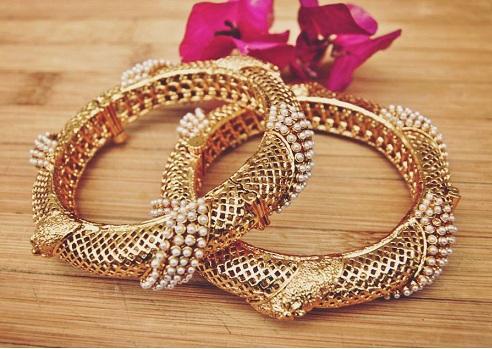 pearl-bangles-designs-7