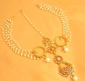 pearl-strings-maang-tikka-8