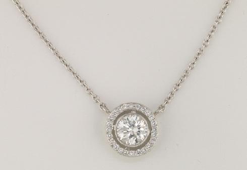 Round-Diamond-Bezel-Pendant