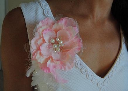 brooch-designs-pink-flower-brooch