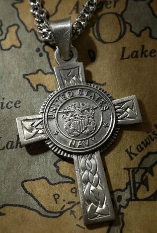 navy-cross-pendant