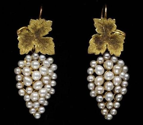 freshwater-water-grape-cluster-shape-pearl-earrings