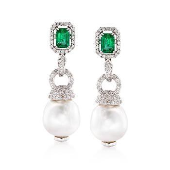 emerald-and-pearl-drop-earrings