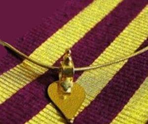 Ela or leaf designed Pendant Thali Design