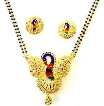 peacock-pendant-set-in-mangalsutra-4