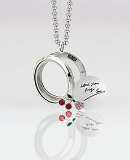 name-lockets-designs-circle-shaped-name-lockets