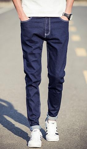 classic-fit-jeans-2