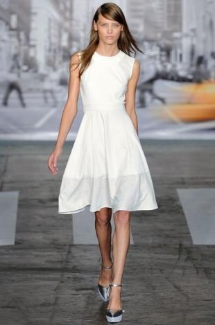 DKNY at New York Fashion Week Fall 2020