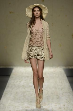 Blugirl at Milan Fashion Week Fall 2020