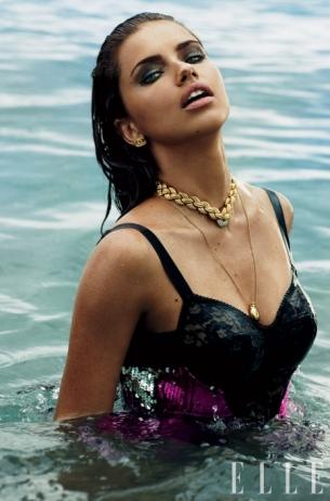 Victoria's Secret Models Cover Elle October 2020
