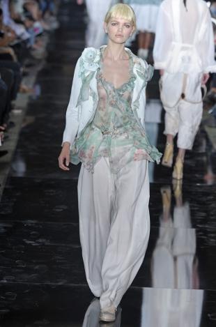John Galliano Spring 2020 – Paris Fashion Week