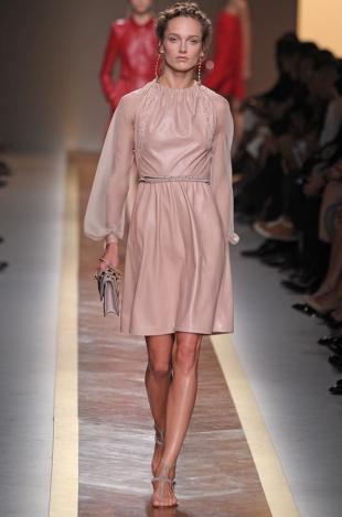 Valentino Spring 2020 –  Paris Fashion Week