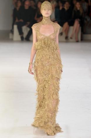 Alexander McQueen Spring 2020 – Paris Fashion Week