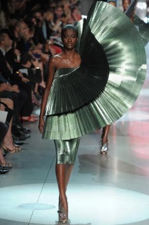 Paco Rabanne Spring 2020 – Paris Fashion Week